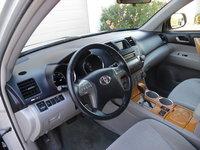 Picture of 2008 Toyota Highlander Hybrid Base, interior, gallery_worthy