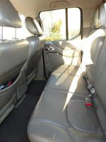 Picture of 2014 Nissan Frontier SL Crew Cab 4WD, interior