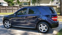 Picture of 2008 Mercedes-Benz M-Class ML 550