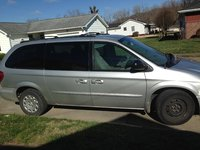 Picture of 2003 Chrysler Town & Country eL