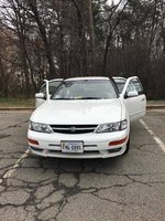 Picture of 1999 Nissan Maxima SE
