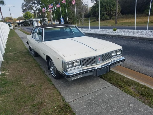 Picture of 1983 Oldsmobile Ninety-Eight