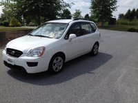 Picture of 2009 Kia Rondo EX, exterior, gallery_worthy