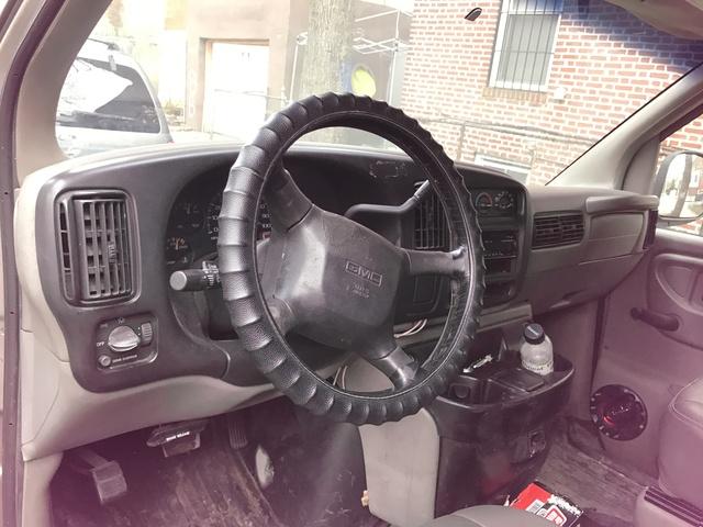 Picture of 2001 GMC Savana 1500 Passenger Van, interior