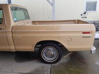1976 Ford F-100 Overview