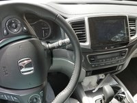 Picture of 2017 Honda Pilot EX-L, interior, gallery_worthy