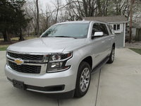 Picture of 2016 Chevrolet Suburban 1500 LT 4WD, exterior, gallery_worthy