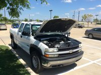 Picture of 2001 Chevrolet Silverado 2500 4 Dr STD 4WD Extended Cab SB, engine