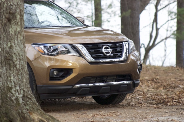 Exterior of the 2017 Nissan Pathfinder, exterior, gallery_worthy
