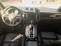 Picture of 2015 Porsche Macan S, interior