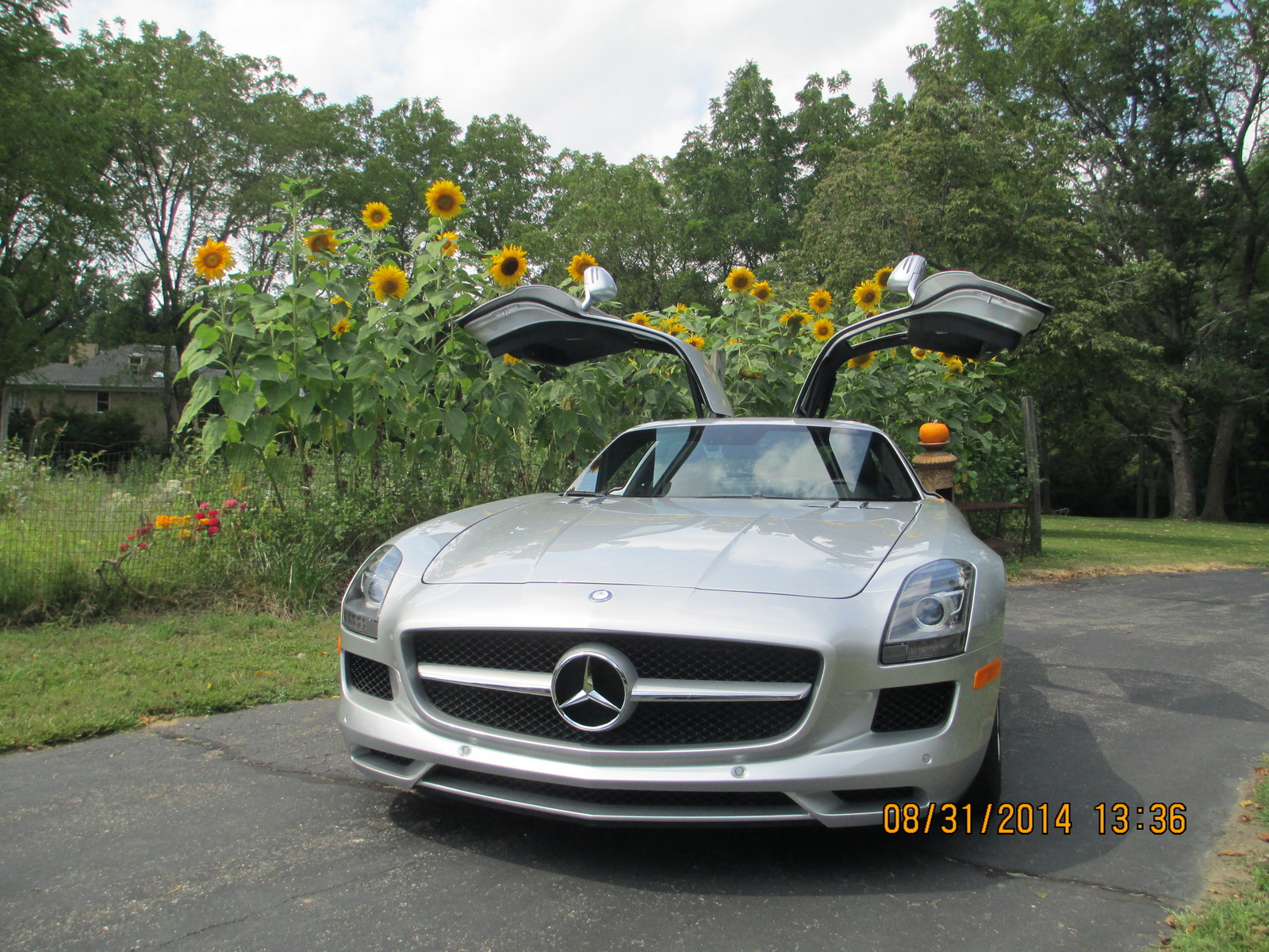 Used mercedes benz sls class for sale cargurus for Used mercedes benz sls amg for sale