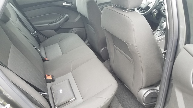 Picture of 2017 Ford Focus SE, interior, gallery_worthy