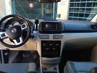 Picture of 2012 Volkswagen Routan SE w/ RSE and Nav, interior
