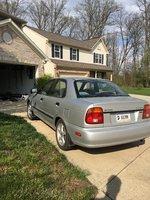 Picture of 2001 Suzuki Esteem 4 Dr GLX Sedan, exterior