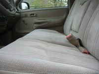 Picture of 2002 Toyota Tundra 2 Dr STD Standard Cab LB, interior
