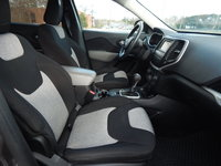 Picture of 2014 Jeep Cherokee Latitude 4WD, interior