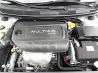 Picture of 2015 Chrysler 200 Limited, engine