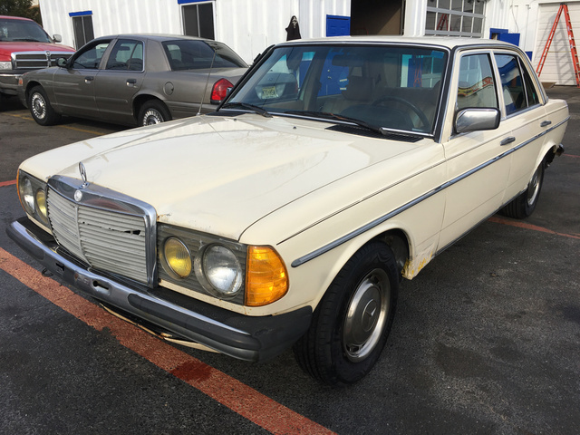 Picture of 1983 Mercedes-Benz 280