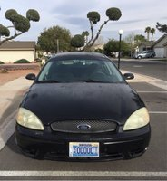 Picture of 2004 Ford Taurus SE