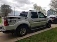 Picture of 2005 Ford Explorer Sport Trac XLT 4WD Crew Cab, exterior