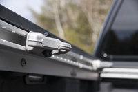 Picture of 2017 Nissan Titan Platinum Reserve Crew Cab 4WD, exterior, gallery_worthy