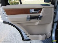 Picture of 2016 Land Rover LR4 HSE, interior