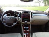 Picture of 2005 Toyota Highlander Limited V6, interior