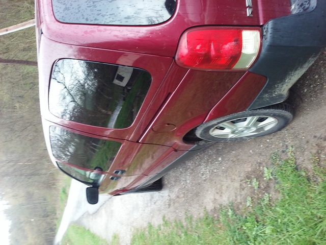 Picture of 2005 Saturn Relay 4 Dr 2 Passenger Van