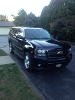Picture of 2011 Chevrolet Suburban LT 2500 4WD, exterior