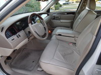 Picture of 2006 Lincoln Town Car Designer Series, interior