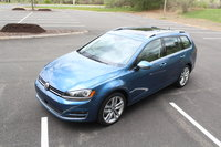Picture of 2017 Volkswagen Golf SportWagen 1.8T SEL, gallery_worthy