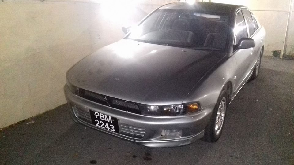 Mitsubishi galant questions 2002 galant died in idle wouldnt 3 people found this helpful fandeluxe Gallery