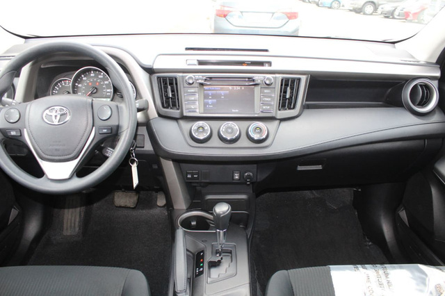 Rav4 2016 interior