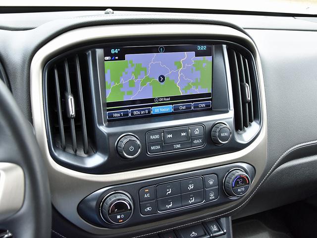 2017 GMC Canyon Denali Crew Cab 4WD, 2017 GMC Canyon Denali navigation map display, interior, gallery_worthy