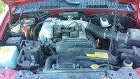 Picture of 2000 Kia Sportage EX 4WD, engine