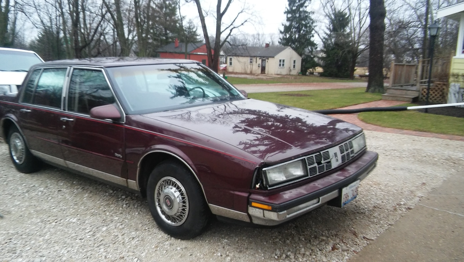 Oldsmobile Ninety Eight Dr Regency Sedan Pic X on 1988 Oldsmobile 98 Regency