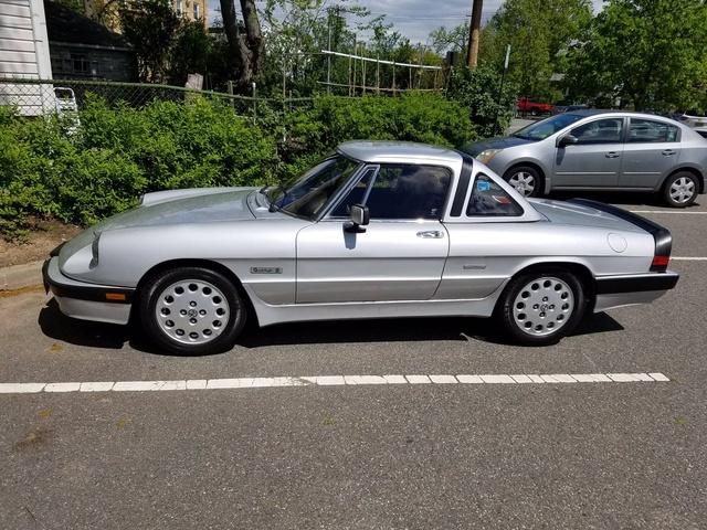 Alfetta Gtv And Gtv6 furthermore 1982 Alfa Romeo Spider Reviews C10533 in addition Alfa Romeo Spider 1966 1993 Guida All Identificazione E Al Restauro also 1982 Bmw 633csi as well 1986 Alfa Romeo Spider Pictures C10537. on 1983 alfa romeo veloce spider reviews