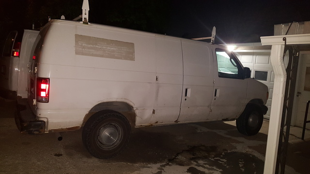 Picture of 2005 Ford Econoline Cargo 3 Dr E-250 Cargo Van