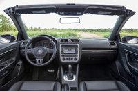 Picture of 2013 Volkswagen Eos Komfort SULEV, interior, gallery_worthy