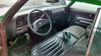 1970 Buick Wildcat, no cup holder anywhere, interior