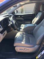 Picture of 2014 Toyota Highlander Hybrid Limited, interior