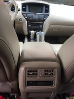 Picture of 2014 Nissan Pathfinder SL, interior