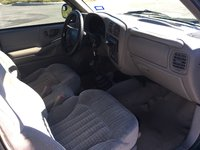 Picture of 1998 Isuzu Hombre 2 Dr S Standard Cab SB, interior, gallery_worthy