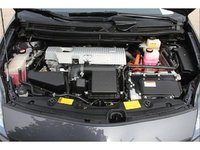 Picture of 2015 Toyota Prius Plug-in Base, engine, gallery_worthy