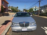 Picture of 2002 Lincoln Town Car Signature, exterior