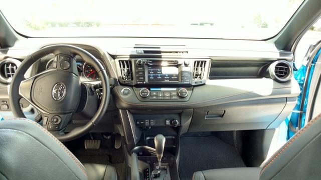 2017 Toyota Rav4 Pictures Cargurus