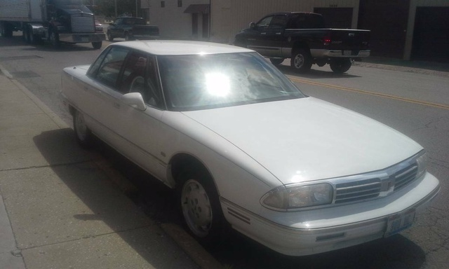 Picture of 1995 Oldsmobile Ninety-Eight 4 Dr Regency Elite Supercharged Sedan, exterior