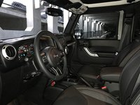 Picture of 2017 Jeep Wrangler Unlimited Sahara, interior