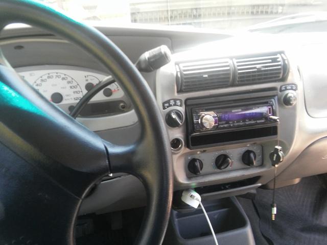 2004 ford explorer sport trac pictures cargurus - Ford explorer sport trac interior ...