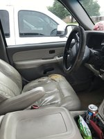 Picture of 2000 Chevrolet Tahoe LT, interior